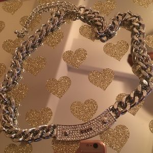 Bebe necklace chain